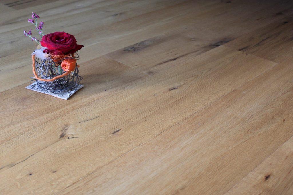 eichebparkett verlegt duch die Holzbau Firma Holz-werke.ch