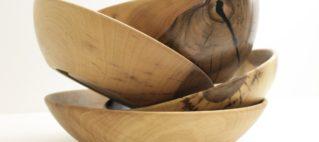 Schalen aus Nussbaum - Holz von Holz-Werke.ch zu kaufen am Weihnachts-Markt in Frümsen.