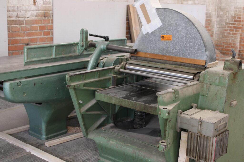 Hobelmaschine in der Werkstatt am Hasenbergweg 4 in Kirchberg SG